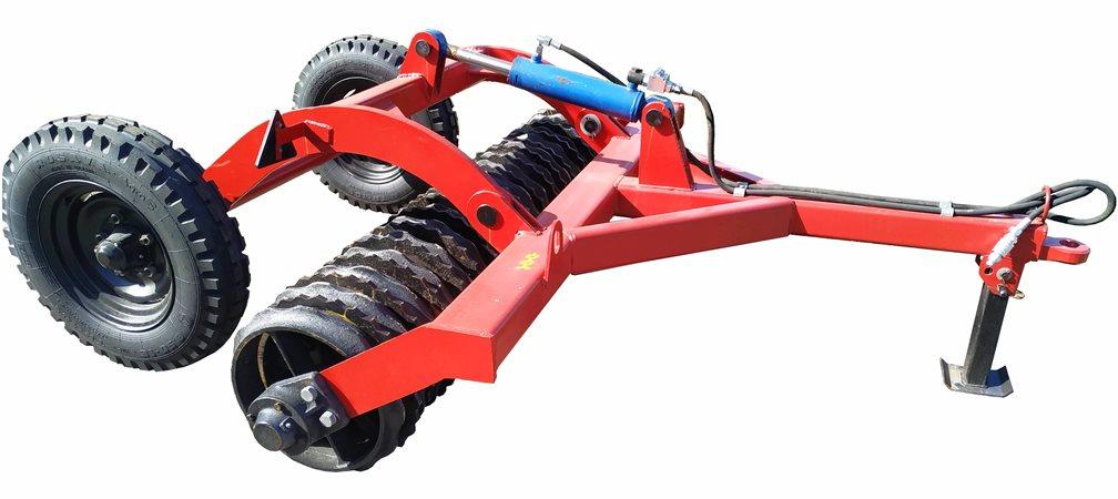 під замовлення невеликих фермерських господарств було розроблено ряд маленьких агрегатів
